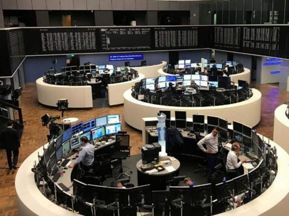 European stocks resist drops in NY, Asia