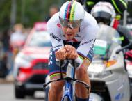 Ganna in pink after Giro d'Italia time-trial win