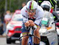 Ganna back in pink after Giro d'Italia time-trial win