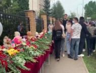 Russia mourns school shooting victims