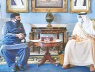 Interior minister meets his counterpart in Kuwait
