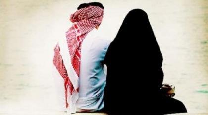 قاضي سعودي یوٴکد أن اعتداء الزواج علی زوجتہ بالرکل عقوبة قانونیة