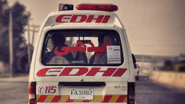 12 killed as bus overturns on Peshawar-Islamabad Motorway
