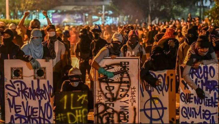 Colombia govt to consider protesters' conditions for talks