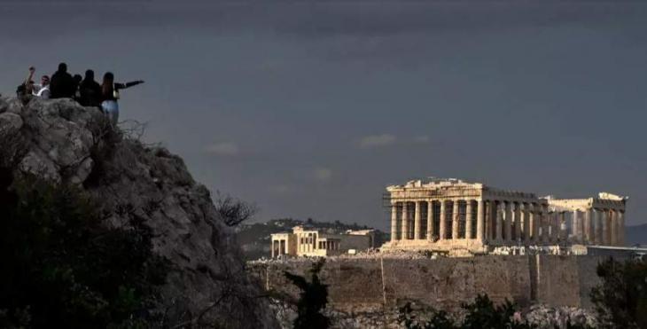 Greece approves Dior shoot at key ancient sites