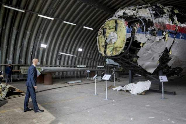 Dutch judges in 'emotional' visit to MH17 plane wreckage