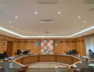 Sultan Al Qasimi chairs board meeting of AUS
