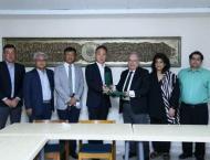 Korean envoy for promoting bilateral cooperation in medical facil ..