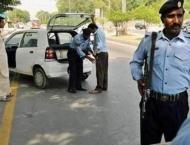 13 outlaws, 6 alms-seeker including two handlers held