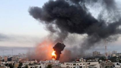Israeli strikes kill 11 Syria troops: monitor