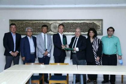 Korean envoy for promoting bilateral cooperation in medical facilities
