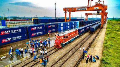 China-Europe freight train adds new route to Germany's Hamburg