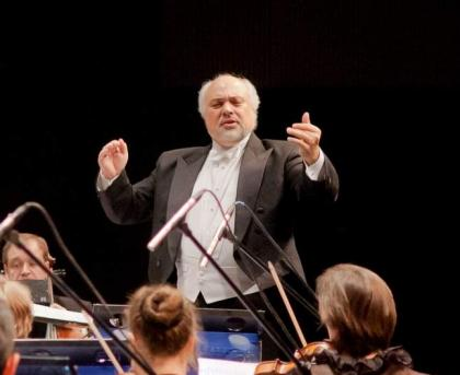 Newly-Appointed Music Director of New York City Opera Wants to Make It 'People's Opera'