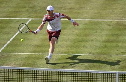 Berrettini outclasses Murray at Queen's