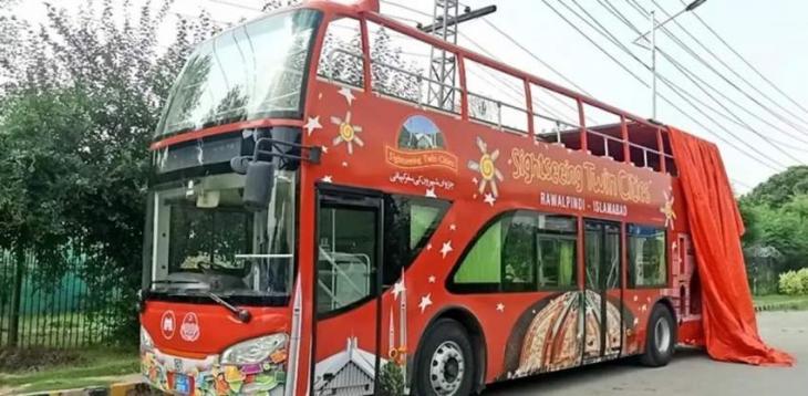 Sightseeing Double Decker Bus inaugurated in Bahawalpur