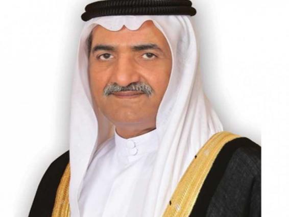 حاكم الفجيرة يعزي أمير الكويت في وفاة الشيخ منصور الأحمد الجابر المبارك الصباح