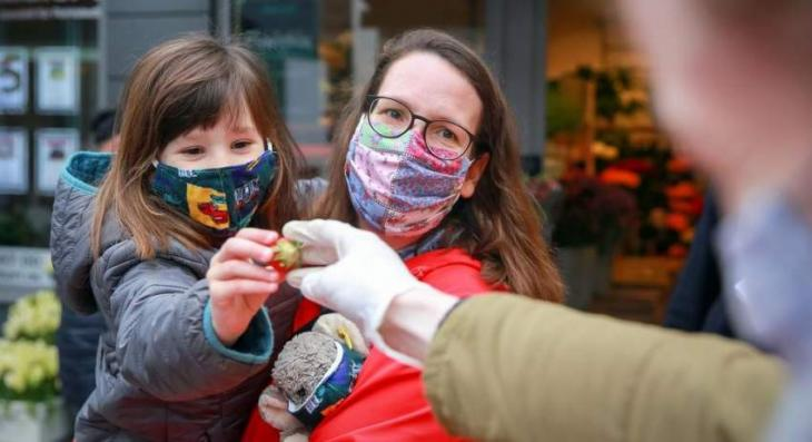 French Health Executive Says Masks Outdoors May Be Canceled on July 1