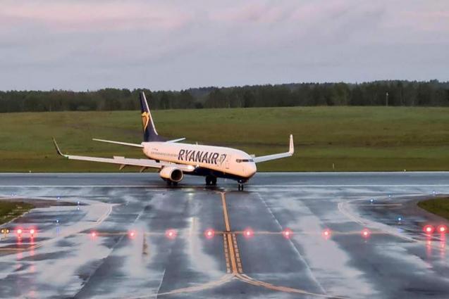 UK Imposes Sanctions on Belarus Following Forced Landing of Ryanair Flight in Minsk