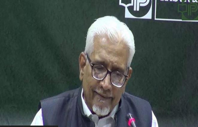 Rs5.8 trn tax target is quite achievable: Dr Waqar