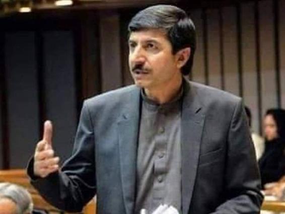 Chief Minister condoles over death of Usman Kakar