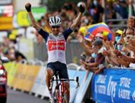 Tour de France: Mollema sizzles in Pyrenean foot-hills