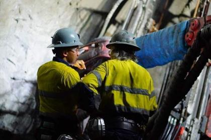 OceanaGold wins new permit for Philippine mine despite protests
