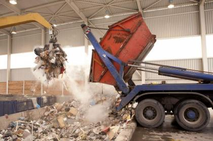 Chinese, Spanish firms to operate solid waste management operation in Central, Korangi