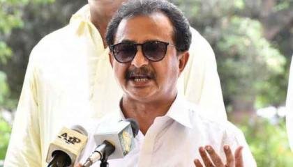 CM Sindh, PPP leaders patronizing land grabbers: Haleem Adil Sheikh