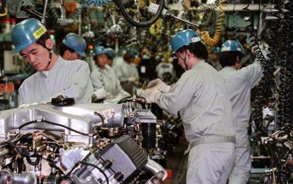 Japan's industrial output rises 6.2 pct on month in June