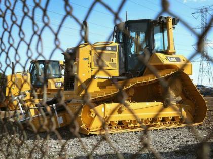 Caterpillar see profits jump despite reticence in key industries