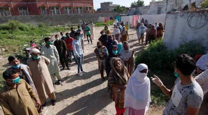 COVID-19 claims 67 more lives in Pakistan during last 24 hours