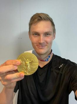 Axelsen to celebrate his Olympic gold in Dubai