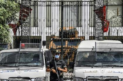 Tunisian army backs takeover president - for now