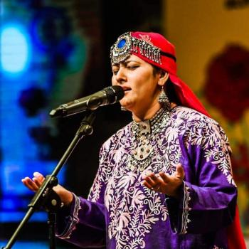 Arts Council of Pakistan Karachi is the only institution in the country, promoting and developing art:Folk singer of Azad Kashmir, Bano Rehmat