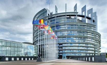 EU Lawmakers Call for Sanctions Against Moscow 'for Blocking Minsk Agreements'