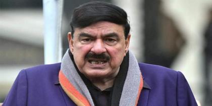 Sheikh Rashid visits Siachen Sector