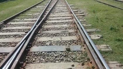 Railway Inspector, CEO visit Kotri Railway Station, adjoining tracks