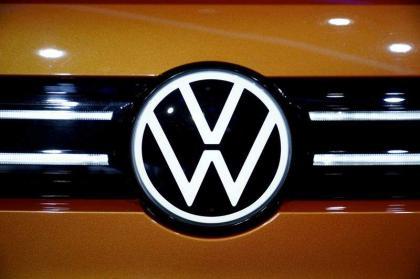 VW offers 2.5 billion euros to take over France's Europcar