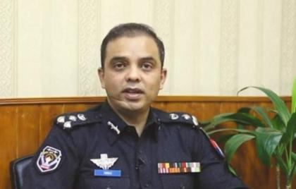 CCPO distributes certificates among best police officers