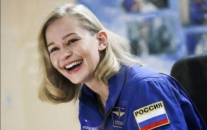 Russian actress, director blast off to film first movie in space