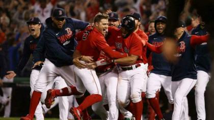 Red Sox sting Rays to advance in MLB playoffs