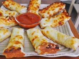 Cheesy Bread Fingers