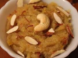 Suji Aur Balai Ka Halwa
