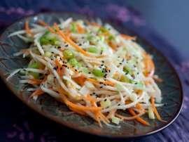 Gajar Aur Muli Ki Salad