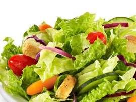 Tamatar Pyaz Salad