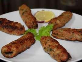 Aloo Sabzi Aur Kabab