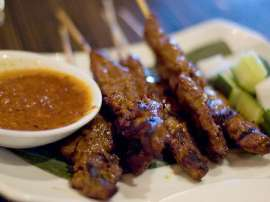 Sour And Spicy Beef Satay