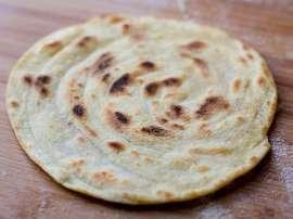 Roti Meethi Shakarkandi Wali