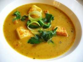 Cream And Paneer Soup