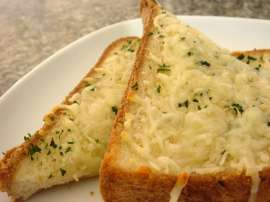 Quick Cheese Toast